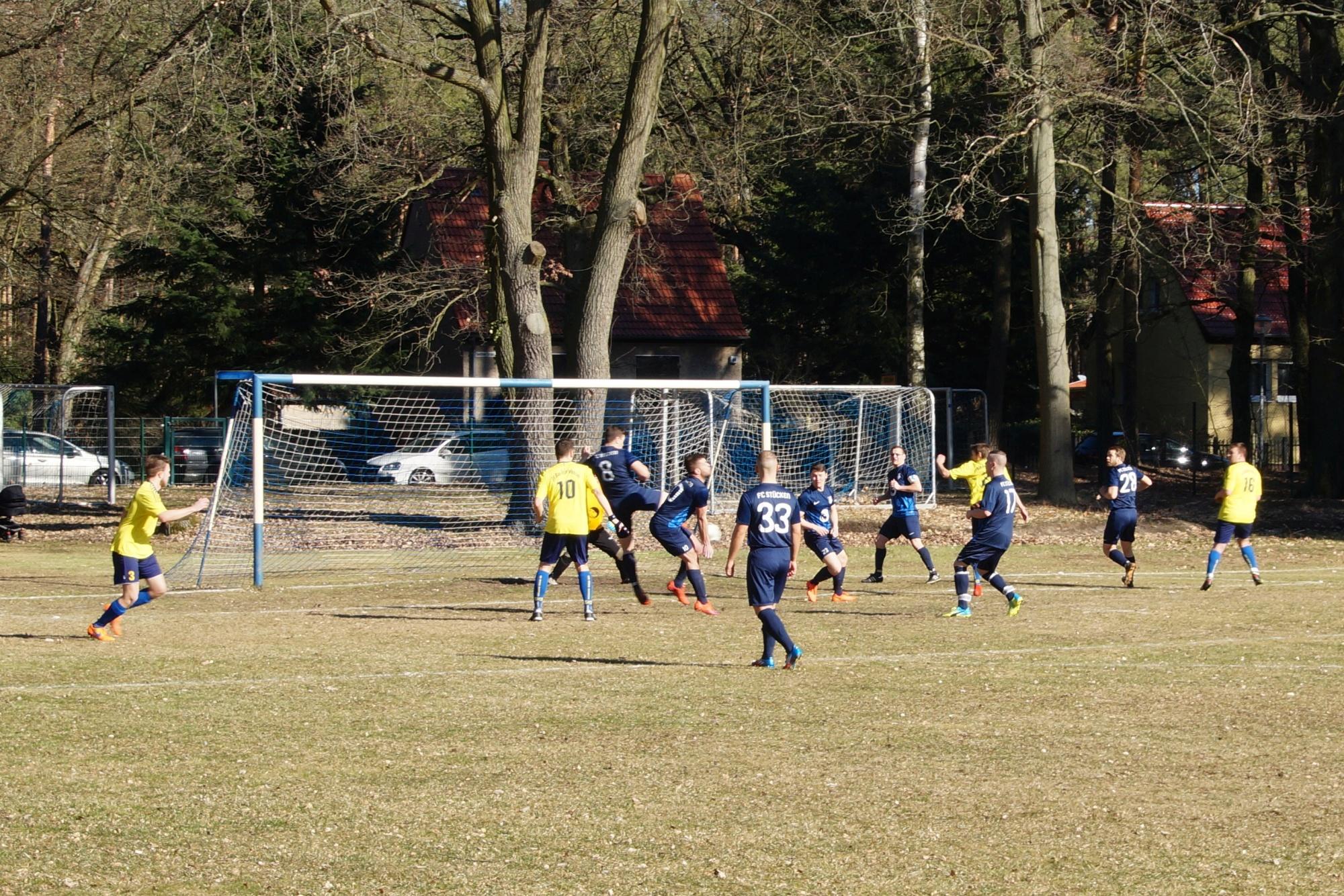 2019-02-24_FC Blau-Weiß Stücken_Blau-Gelb Falkensee_04