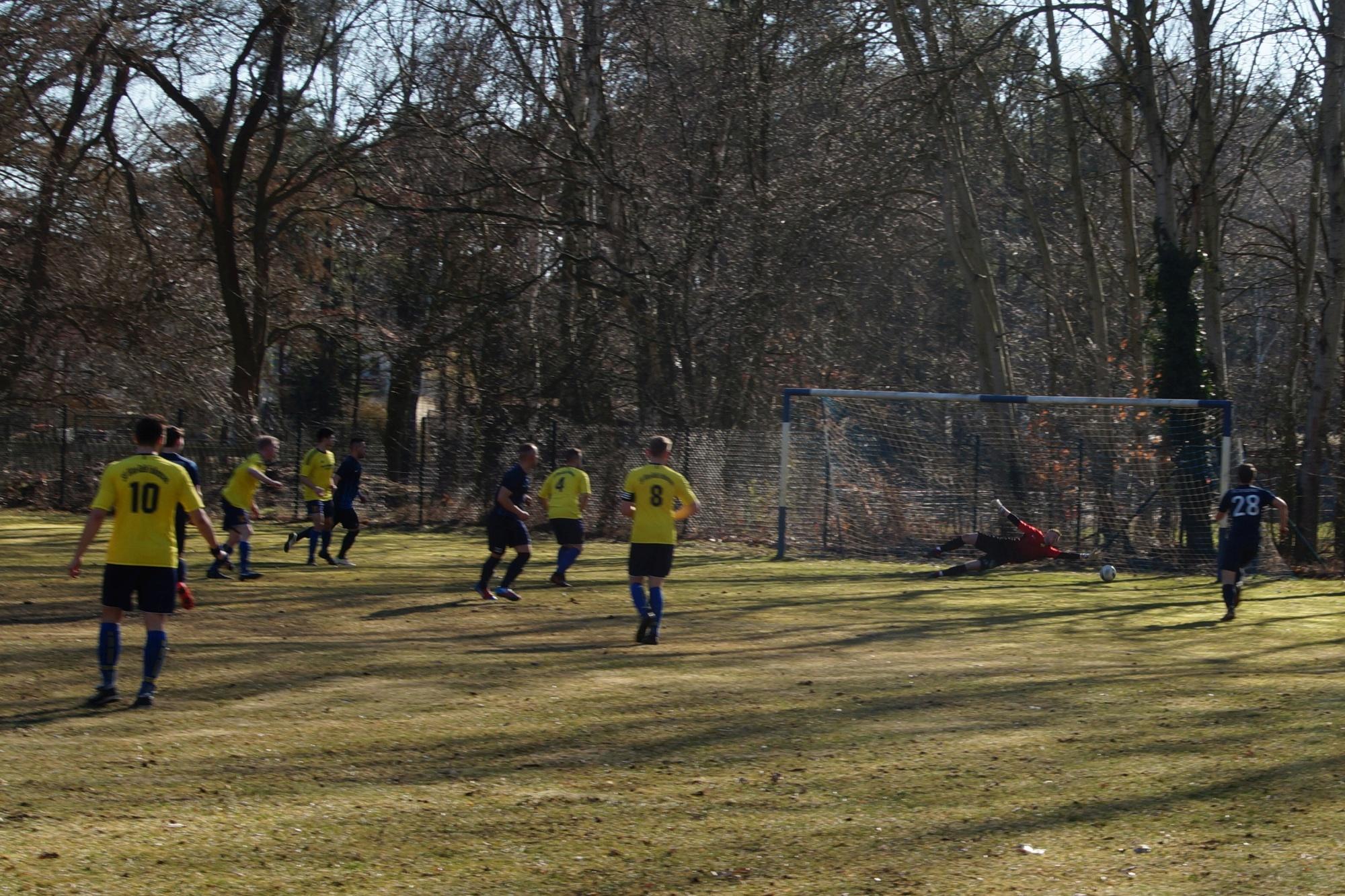 2019-02-24_FC Blau-Weiß Stücken_Blau-Gelb Falkensee_08