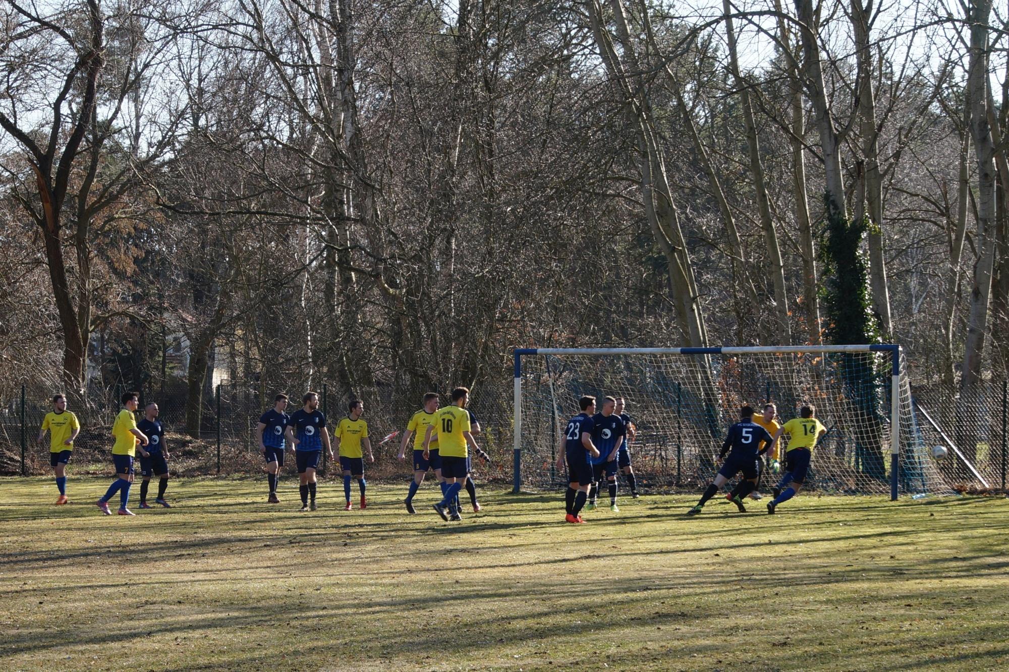 2019-02-24_FC Blau-Weiß Stücken_Blau-Gelb Falkensee_25