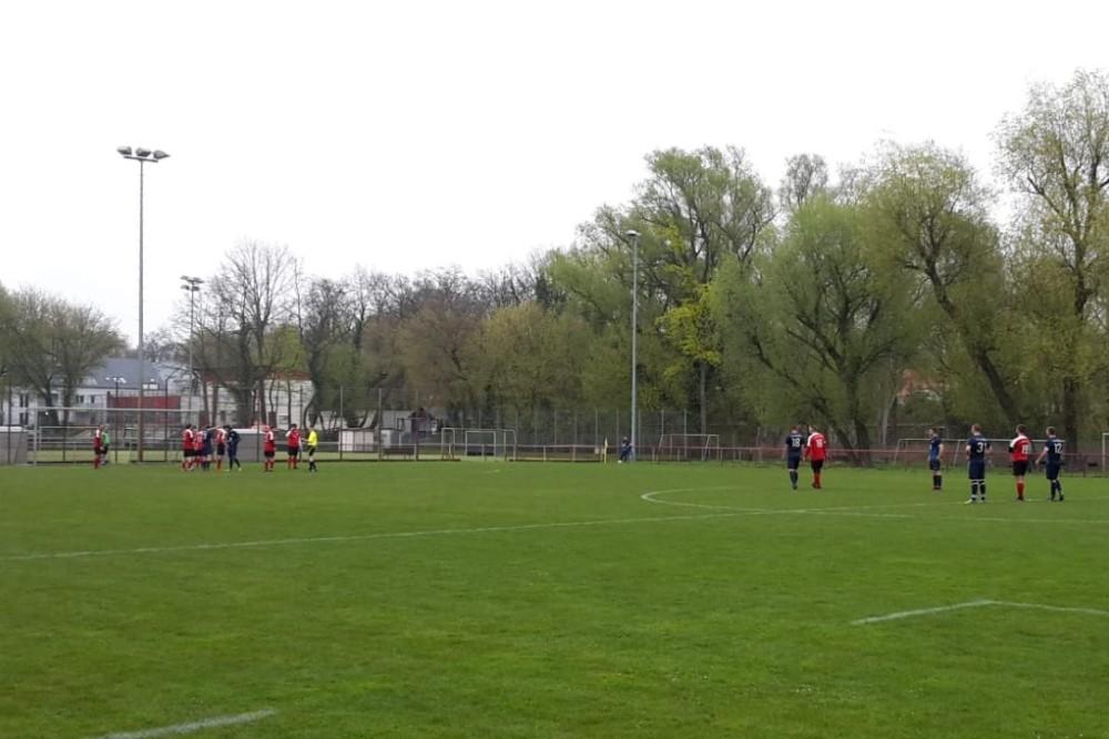 2019-04-14_Potsdamer-Sport-Union-FC-Blau-Weiß-Stücken_04