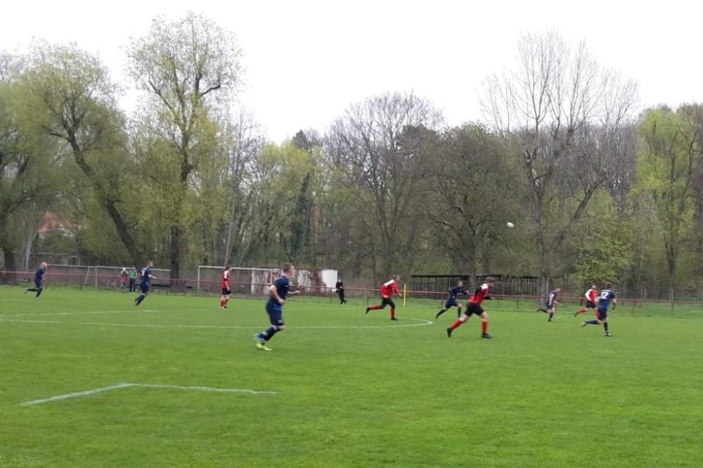 2019-04-14_Potsdamer-Sport-Union-FC-Blau-Weiß-Stücken_11