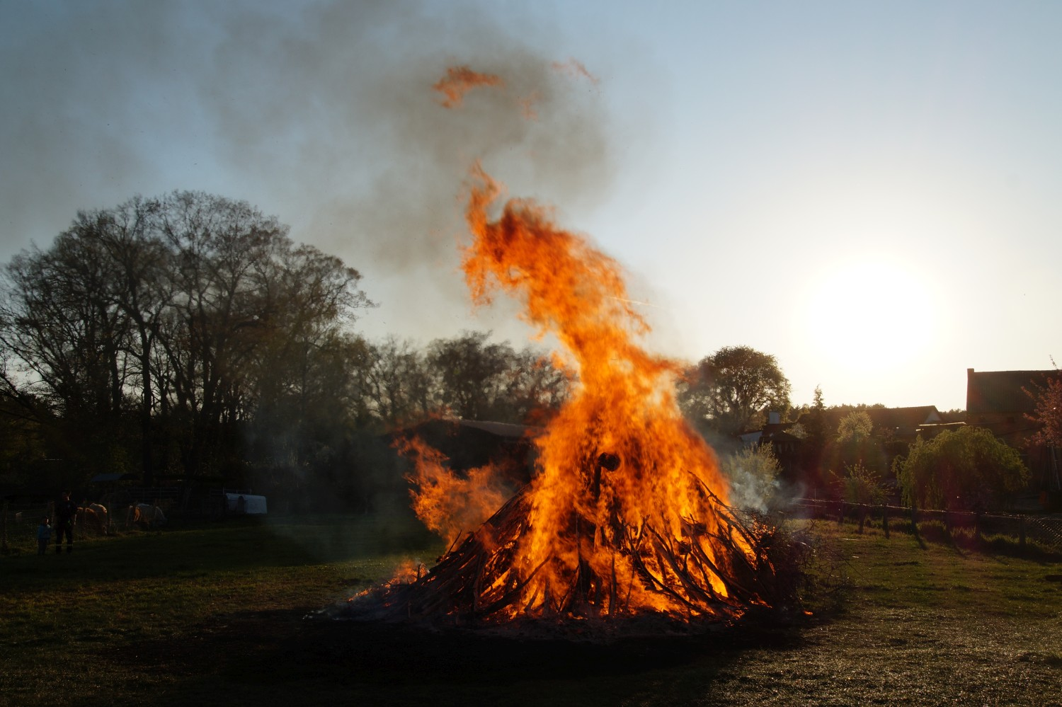 2019-04-20_Osterfeuer_03