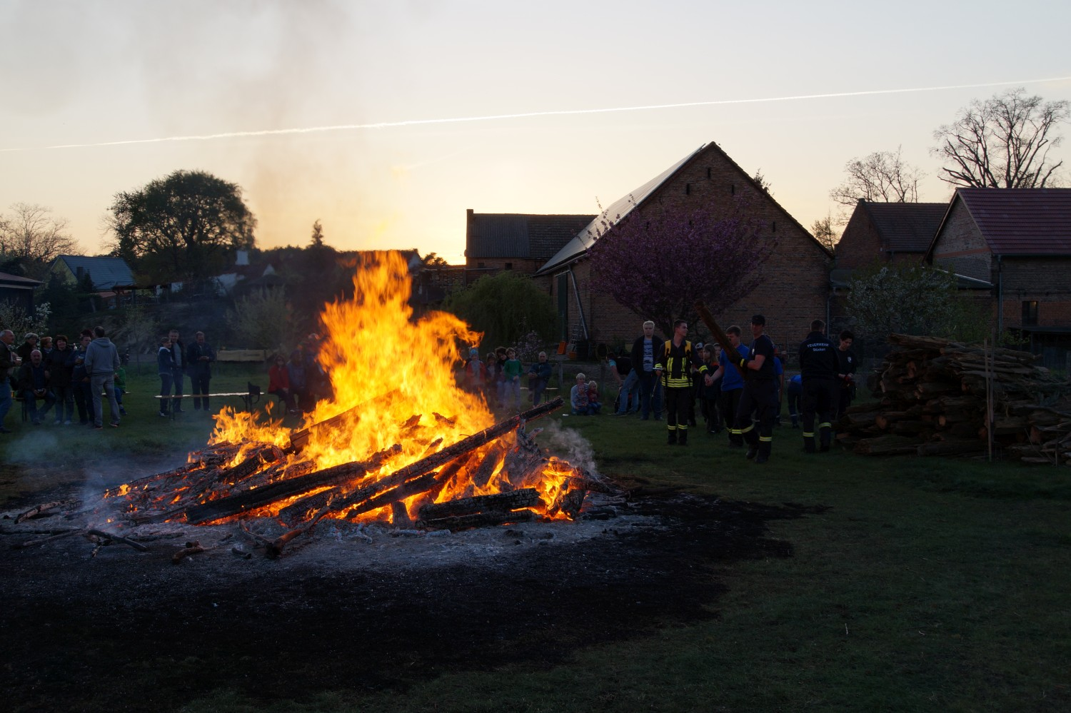 2019-04-20_Osterfeuer_19