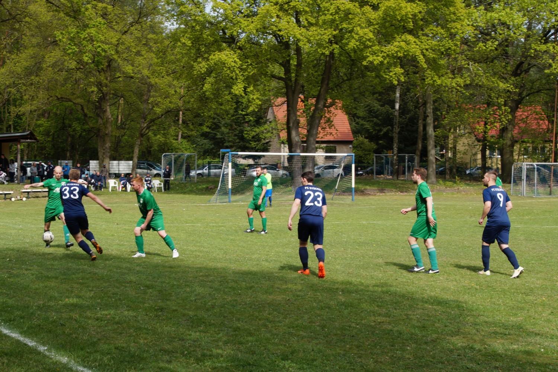 2019-05-05_FC-Blau-Weiß-Stücken-SV-Rehbrücke-II_35
