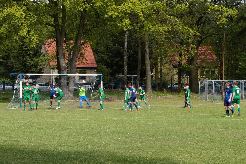 2019-05-05_FC-Blau-Weiß-Stücken-SV-Rehbrücke-II_38