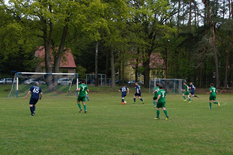 2019-05-05_FC-Blau-Weiß-Stücken-SV-Rehbrücke-II_44