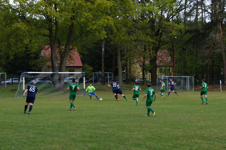 2019-05-05_FC-Blau-Weiß-Stücken-SV-Rehbrücke-II_45
