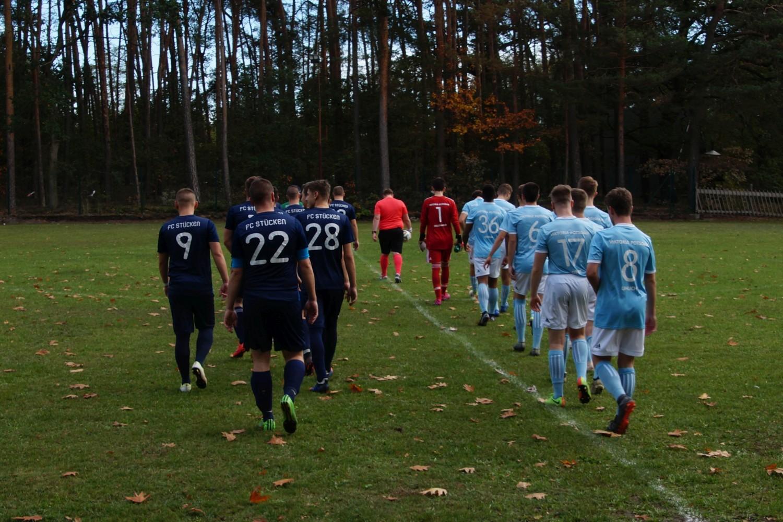 2019-10-20_Blau-Weiß_Stücken_SV_Viktoria_Potsdam_02