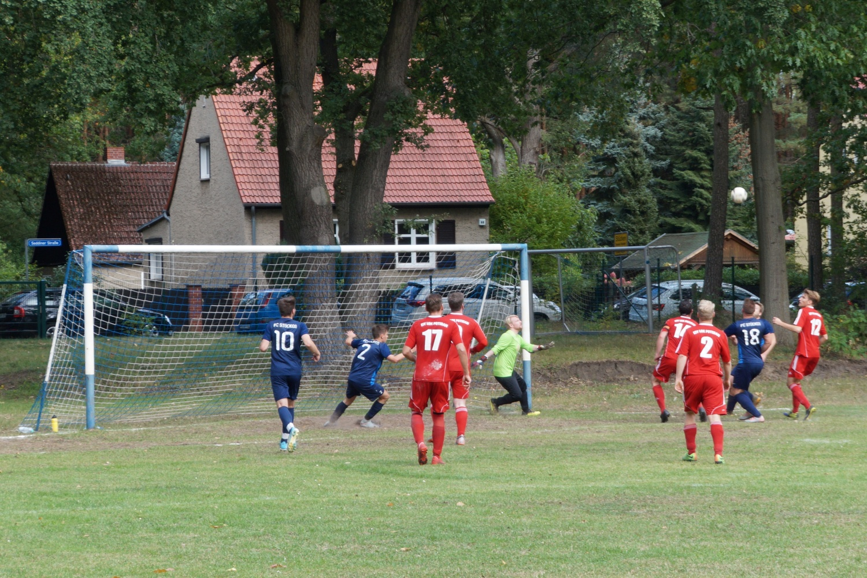2020-09-13_FC-Blau-Weiss-Stuecken-ESV-Lok-Potsdam-II_16