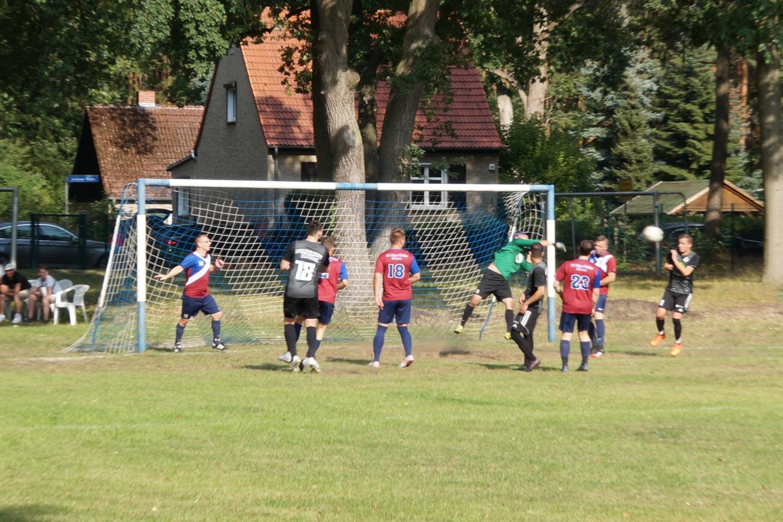2020-09-13_FC-Blau-Weiss-Stuecken-Juventus-Crew-Alpha-II_13